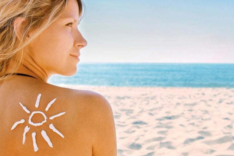 sunscreen in moisturiser-journal-harley-street-emporium