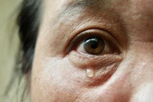 dry-eyes-menopause- harley-street-emporium